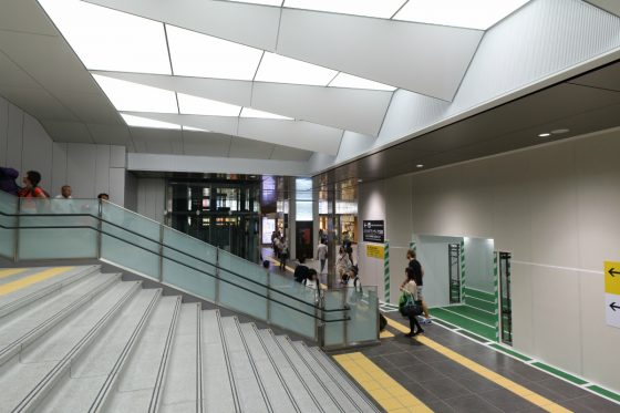 201609ekikita1-12