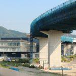 広島高速5号線建設工事 <温品地区> 2016.08 蛇行する高架橋