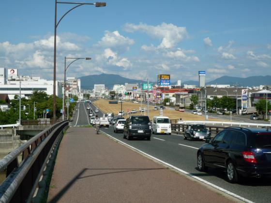 201008yahata-2.jpg