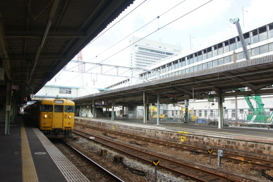 201311hiroshimaeki2-7.jpg