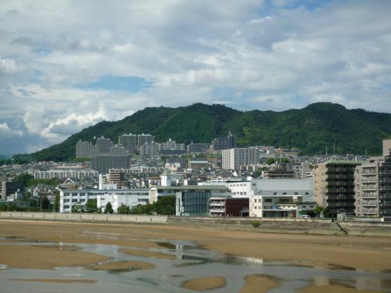 201008yahata-1.jpg