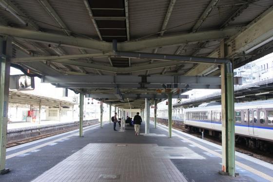 201311hiroshimaeki2-1.jpg